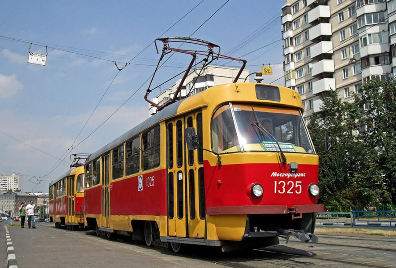 Обгон трамвая по встречным путям
