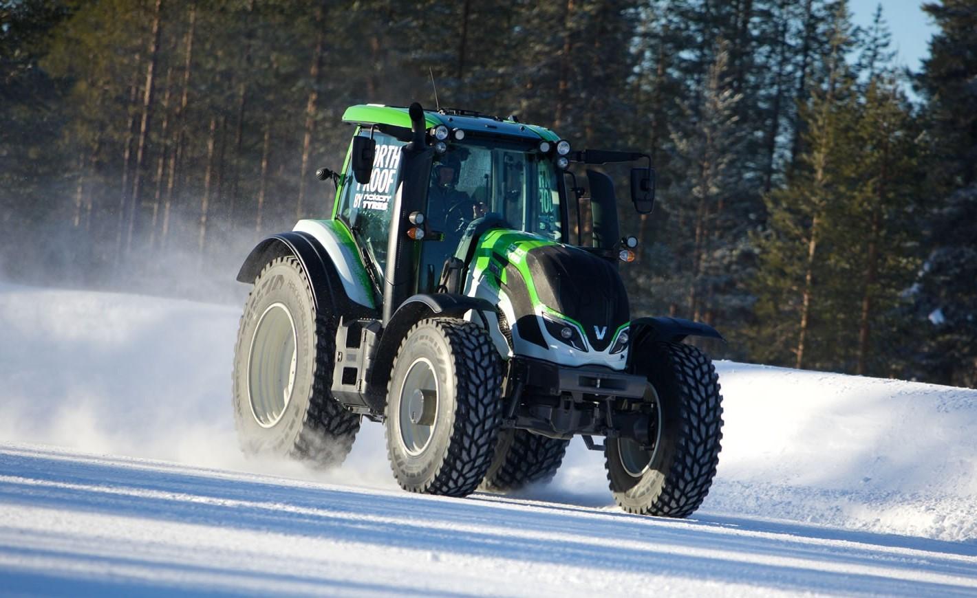 Езда на тракторе без прав