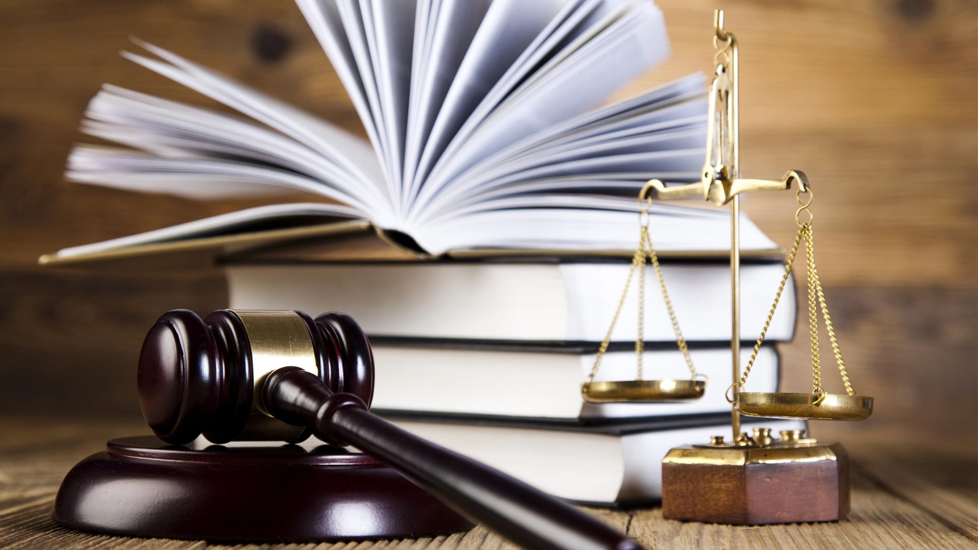 Уголовный адвокат по наркотикам: лучшие юристы по делам 228 статьи